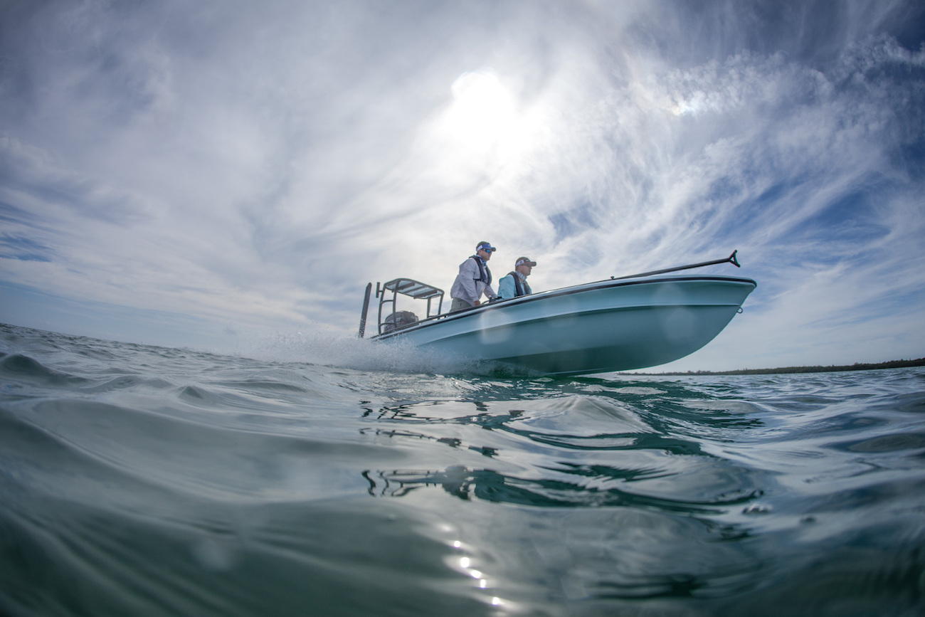 464_1flats_boat_blue_sky.jpg