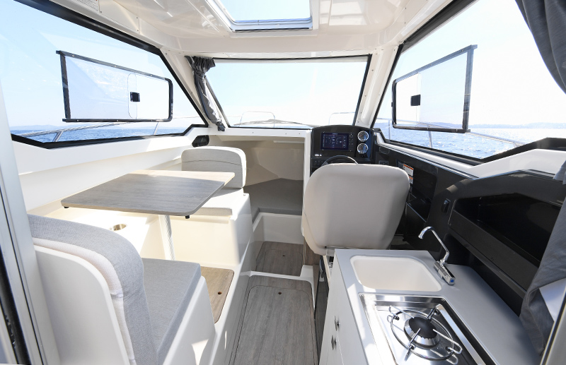 Quicksilver Activ 675 Weekender m/Mercury F200 hk V6